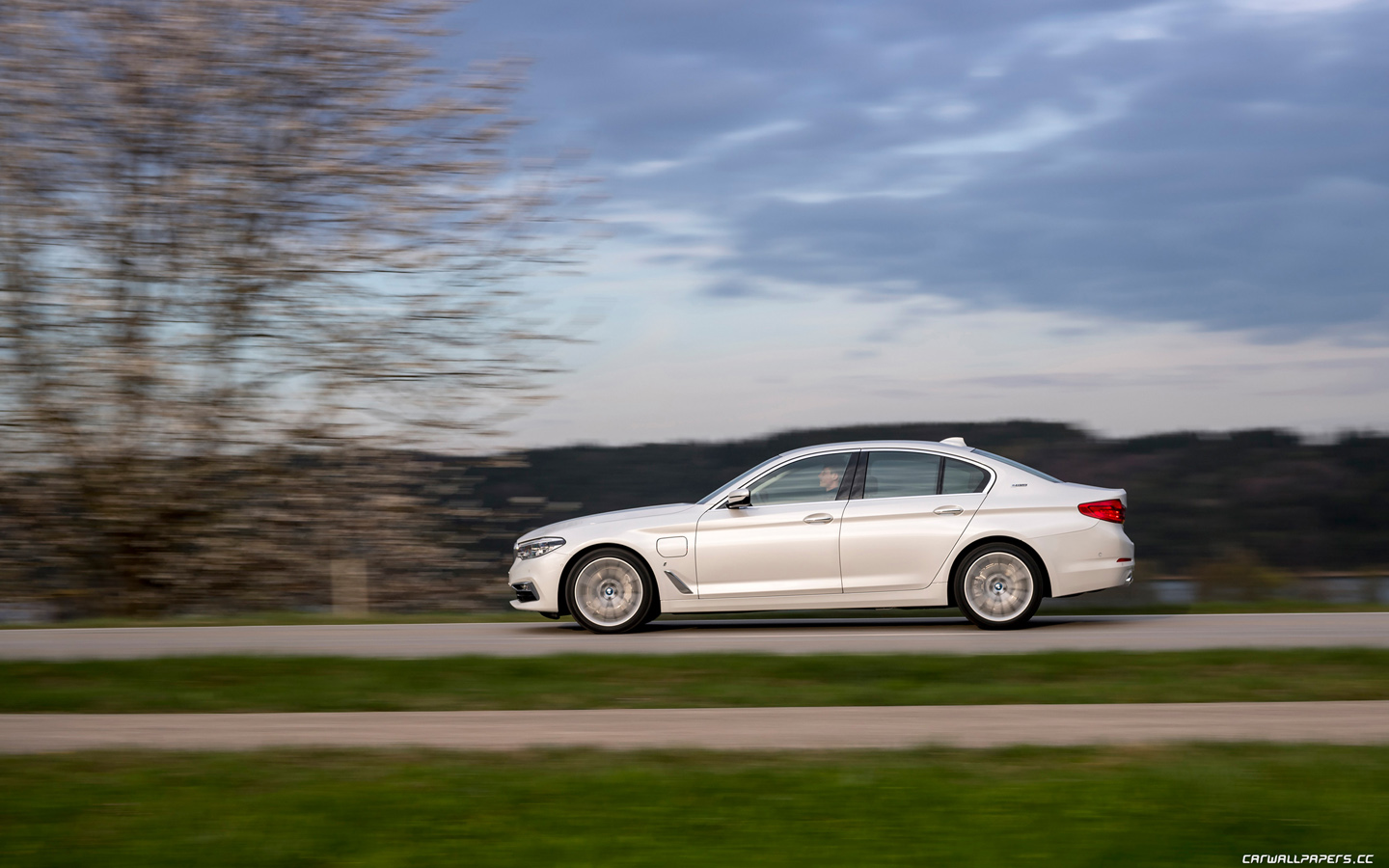 Cars desktop wallpapers BMW 530e iPerformance - 2017 - Page 3
